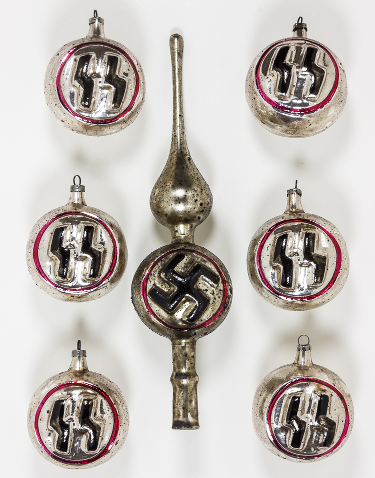 Nazi Christmas ornaments, Wain's famous cats, and dog-shaped ...